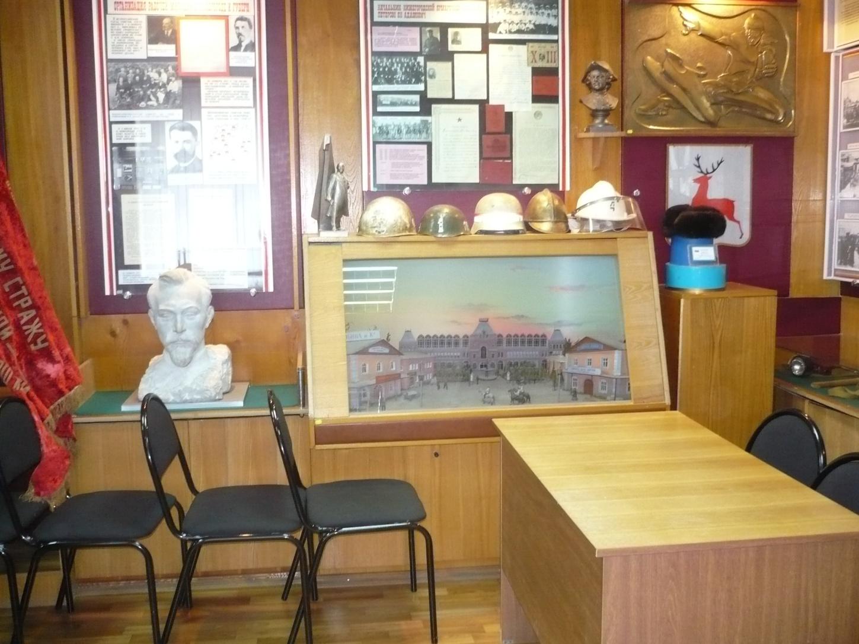I:\Архив\разное рабочий стол\разное\Т.А\экскурсия в музей ГУВД\Ф.Э.Дзержинский - соратник В.И.Ленина.JPG