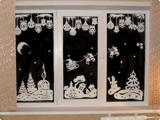 Как сделать украшение на окно из бумаги своими руками