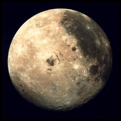http://astronomus.ru/img/solar/earth/luna2.jpg