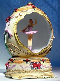 http://3.bp.blogspot.com/-vLJGOrmE4VY/T2tx1ZCUmhI/AAAAAAAAFjw/gYdRFPvYMgI/s320/balerina_shkatulka01.jpg