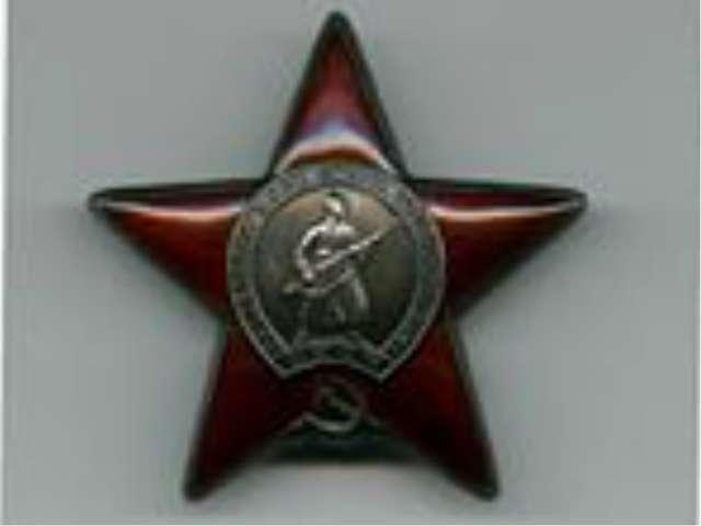 В 1940 годуназначен начальником штаба артиллерии 7-й армии, участвовавшей в...