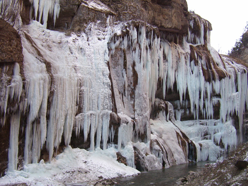 chegemskie_vodopady_zimoj