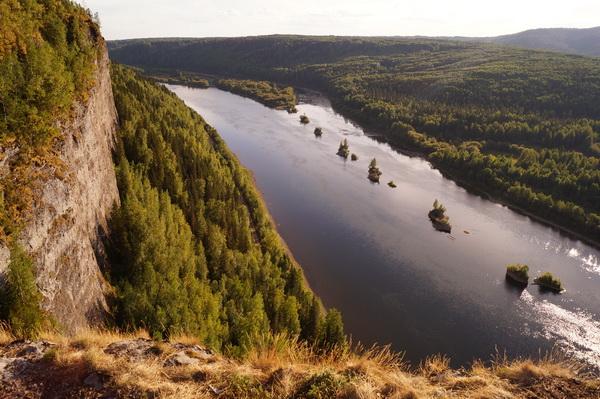 Камень Ветлан на реке Вишере
