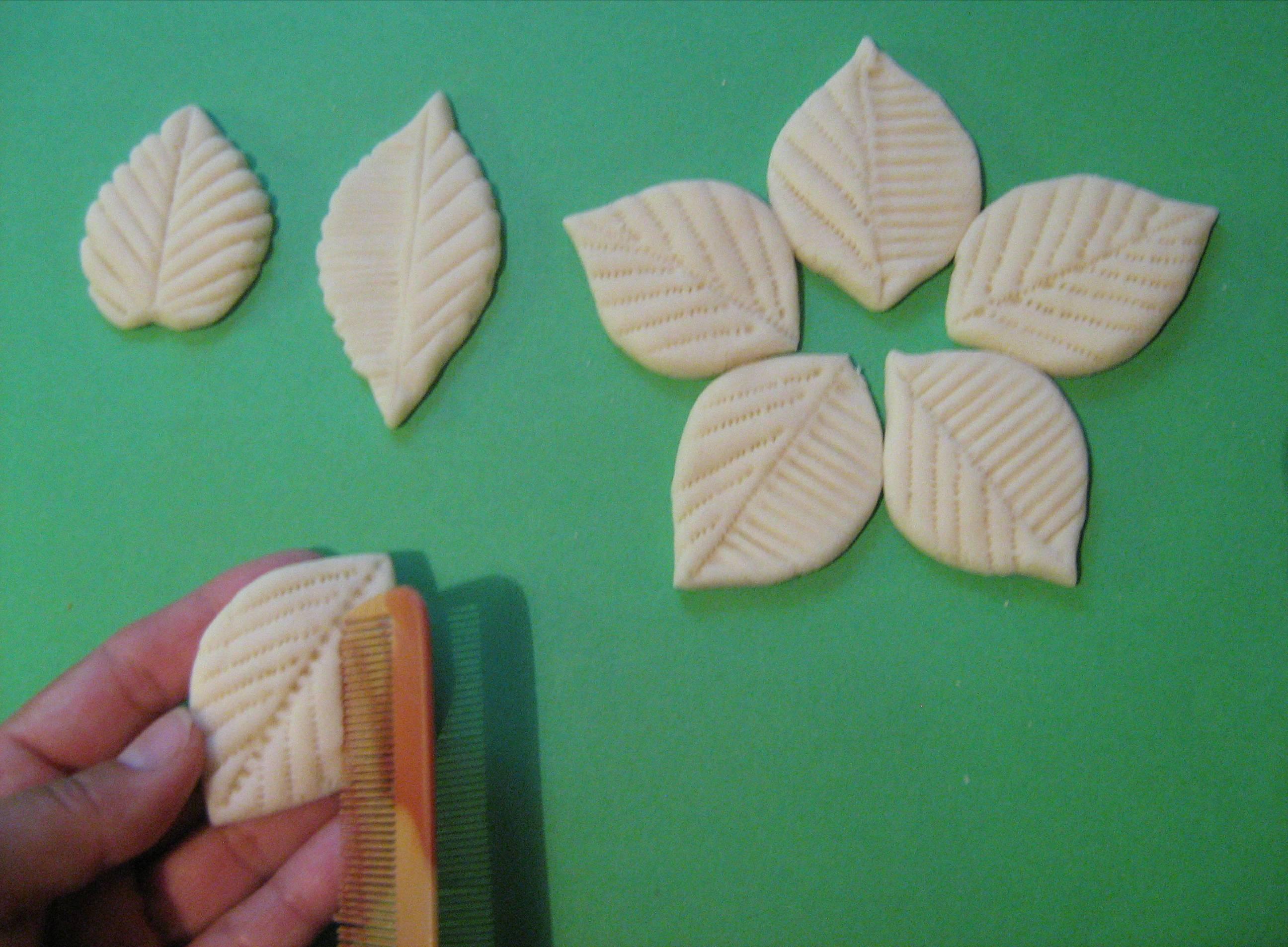 Цветы и листья из соленого теста мастер-класс - Колобок