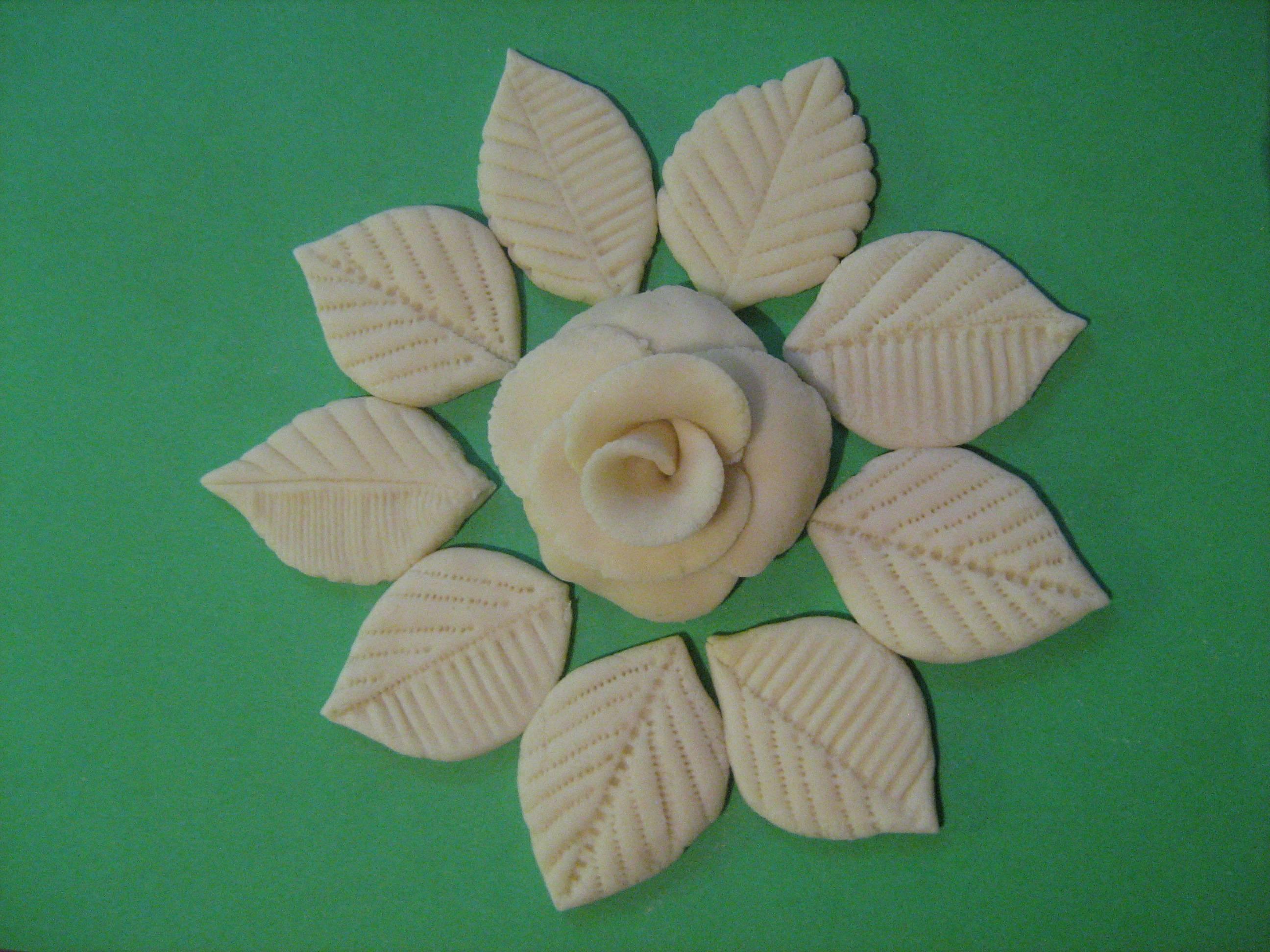 Цветы и листья из соленого теста мастер-класс - Колобок 94