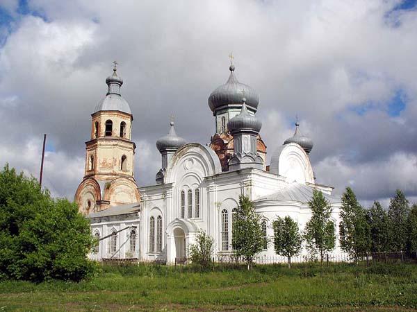 Маис. Церковь Боголюбской иконы Божией Матери, фотография