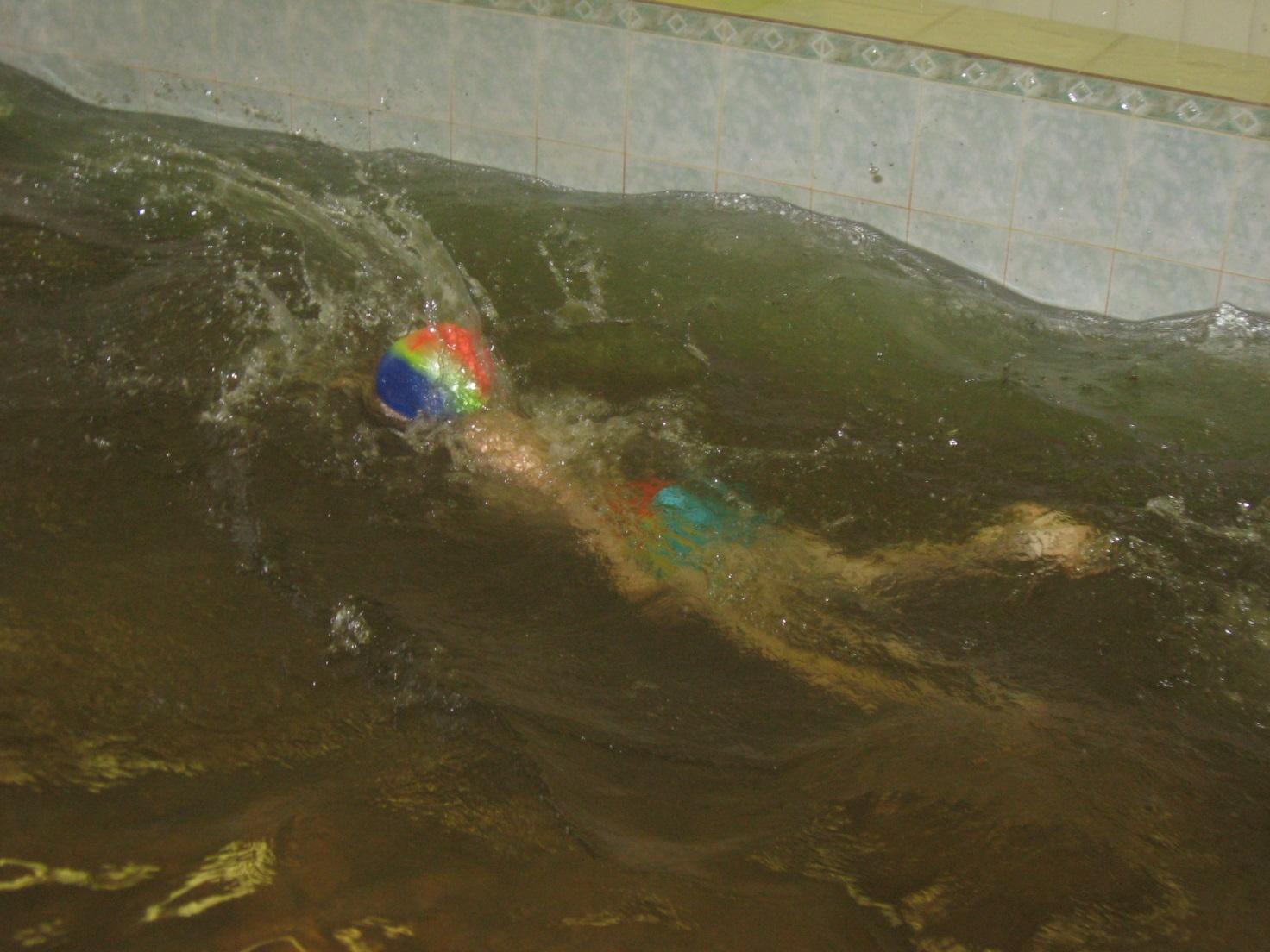 D:\упражнения в бассейне май 2010\упражнения в бассейне май 2010 033.jpg