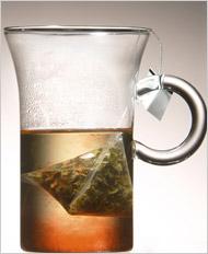 Чай в нейлоновых пакетиках-пирамидках появился в британских супермаркетах