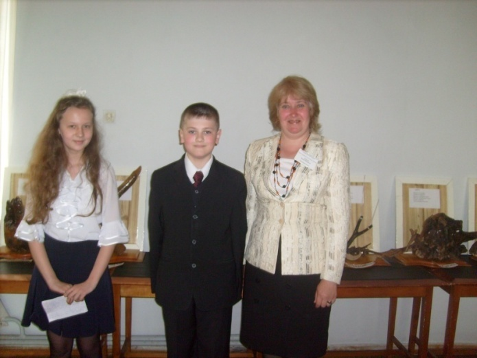 D:\Фотохроника\2009 год\2009, 15 мая, детский православный форум\S7302137.JPG