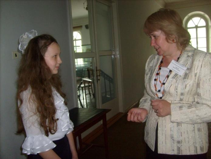 D:\Фотохроника\2009 год\2009, 15 мая, детский православный форум\S7302138.JPG