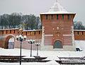 http://upload.wikimedia.org/wikipedia/commons/thumb/2/25/Nizhny_Novgorod._View_to_Zachatyevskaya_Tower.jpg/120px-Nizhny_Novgorod._View_to_Zachatyevskaya_Tower.jpg