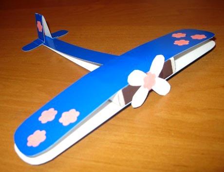 Поделки на 23 февраля дома и в детском саду самолет
