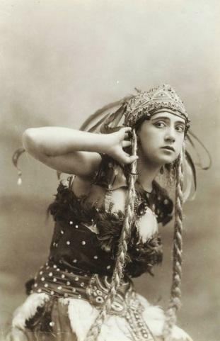 C:\Users\Alfia\Downloads\Жар-птица Тамара Карсавина 1910 г..jpg