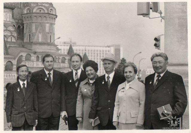 http://dg57.odnoklassniki.ru/getImage?photoId=183186141179&photoType=0