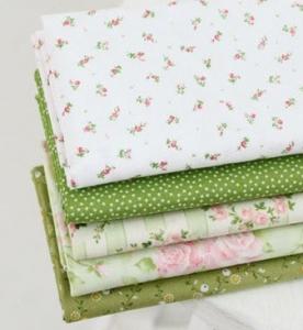 Зеленые ткани для куклы Тильда