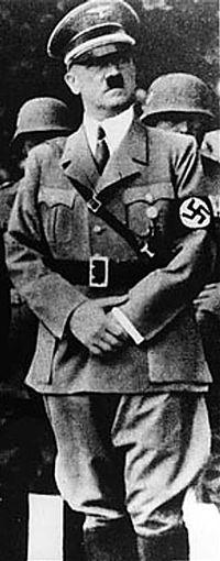 http://upload.wikimedia.org/wikipedia/commons/thumb/0/0d/Adolf_Hitler_in_Yugoslavia_crop.JPG/200px-Adolf_Hitler_in_Yugoslavia_crop.JPG