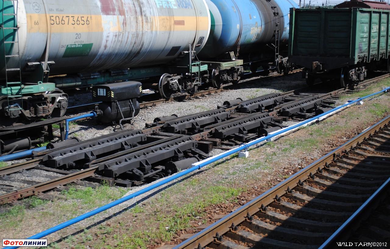 Описание: Вагонный замедлитель третьей тормозной позиции, станция Купянск-Узловой