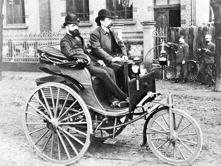 Автомобилю исполнилось 127 лет - События - Автоцентр Азимут