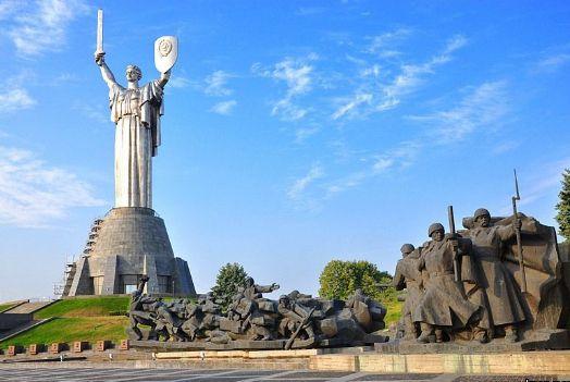 http://kievbum.com/wp-content/uploads/2012/07/rodina-mat-.jpg