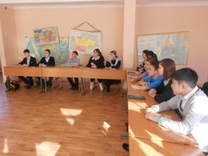 D:\ФОТОЧКИ\фото нашего класса\кл. час о саре назарбаевой\DSCN2367.JPG