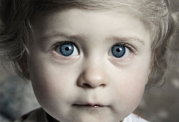 http://vladnews.ru/uploads/2009/12/03/detskie_glaza.jpg