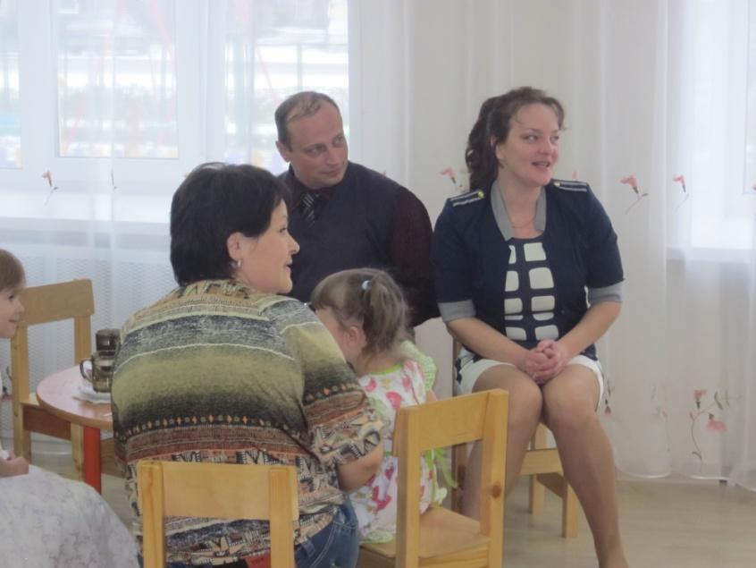 D:\фото группы гномики\родительское собрание средняя группа 11 октября 2013 г\сбор 479.jpg