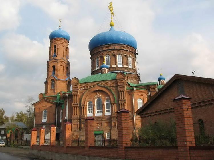 http://sobory.ru/pic/09820/09834_20080617_195448.jpg