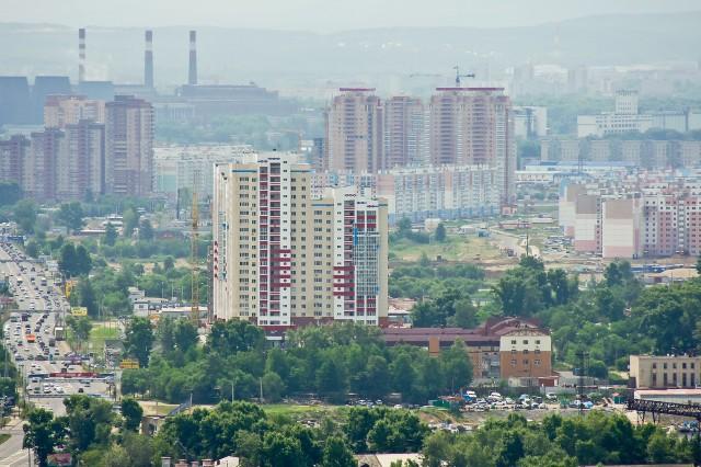 http://nesiditsa.ru/wp-content/uploads/2012/07/ZHK-Parus-i-dalshe-vyisotki-mikrayonov-Stroitel-i-Flegontova-640x426.jpg