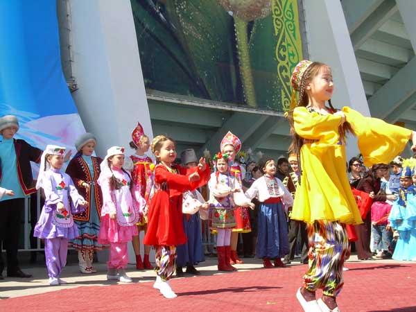 Для 20 национальных культурных центров ЮКО будет построено новое здание