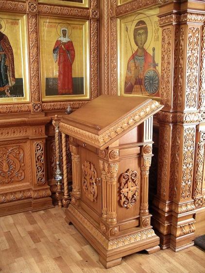 Фрагмент интерьера Иверской часовни у Воскресенских ворот у Красной площади в Москве
