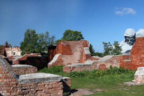 Южная стена Брестской крепости