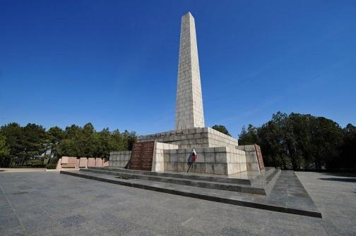 Звание Город-герой Севастополь, Сапун - гора