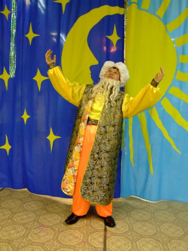D:\Доки Аленки\Фотоальбом\Конкурс\Карнавальные костюмы для конкурса\DSCF1339.JPG