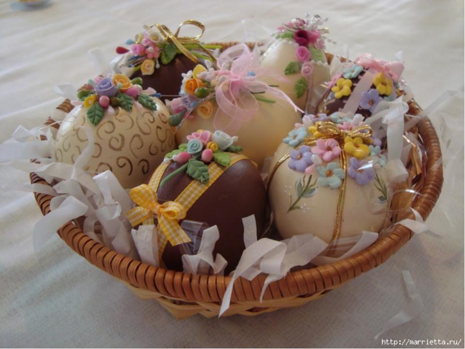 Декор пасхальных яиц сладкими розочками!