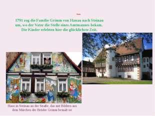 Steinau Haus in Steinau an der Straße, das mit Bildern aus dem Märchen der B
