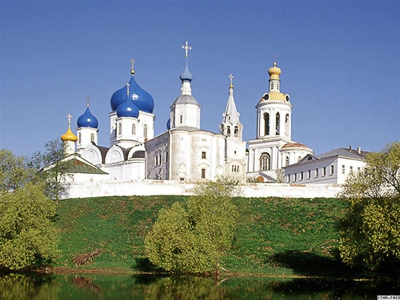 Боголюбово - резиденция князя Андрея Боголюбского.