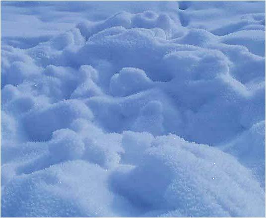 http://img0.liveinternet.ru/images/attach/c/0/52/924/52924181_snow.jpg