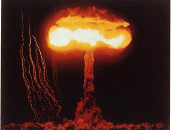 2.4 Первый атомный взрыв в Аламогордо
