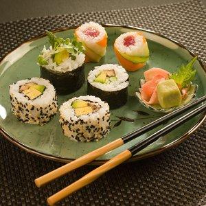 http://mixstuff.ru/wp-content/uploads/2013/12/1347366795_dostavka-sushi.jpg