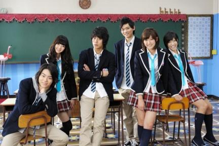 http://japan-ru.com/wp-content/uploads/2012/01/shkolu-yaponii1.jpg