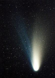 http://upload.wikimedia.org/wikipedia/commons/thumb/5/58/Comet_c1995o1.jpg/220px-Comet_c1995o1.jpg
