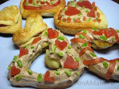 Сладкие сердечки - заварные и слоеные пирожные в форме сердца