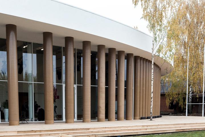 http://www.artbiznes.pl/wp-content/uploads/2012/10/Gorky-Park-Pavilion-Shigeru-Ban-5.jpg