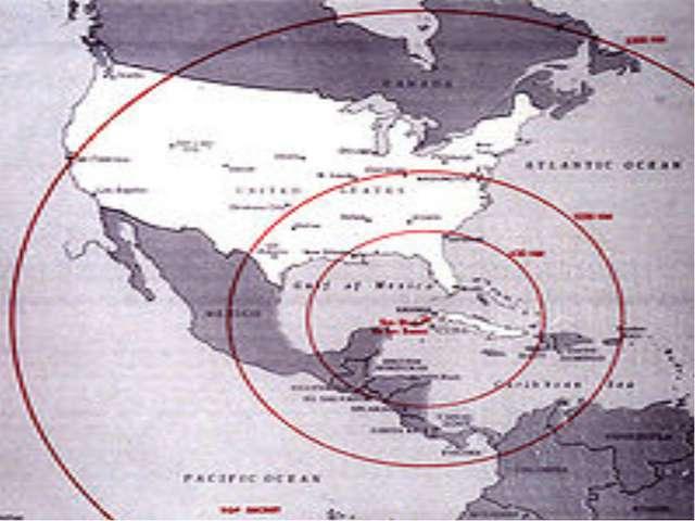 СССР начал размещать на Кубе ракеты средней дальности с ядерными боеголовкам...