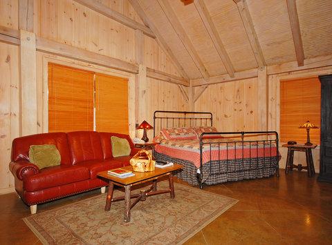 http://www.tnetnoc.com/hotelimages/098/1098/2631759-BEST-WESTERN-Smokehouse-Lodge-Guest-Room-7.jpg