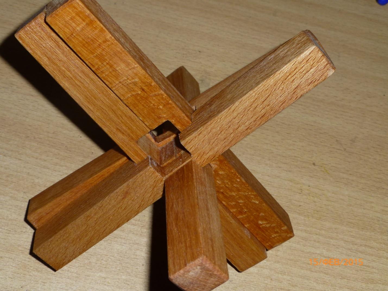 F:\Мои документы\Школа\Уроки\технология\Технология мальч\МОЁ мастерские фото\Двойной крест мой\2 крест Макарова мой\Сборка 2 креста Макарова\4.JPG