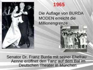 Senator Dr. Franz Burda mit seiner Ehefrau Aenne eröffnet den Tanz auf dem Ba