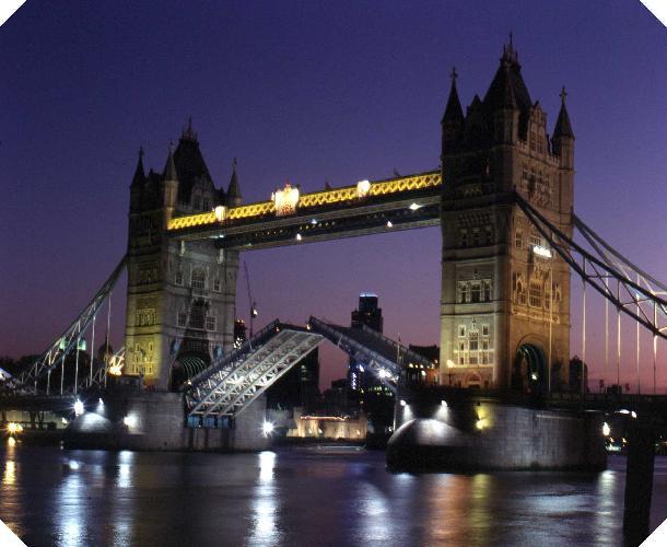 http://blog.espol.edu.ec/sfarra/files/2010/09/tower_bridge.jpg