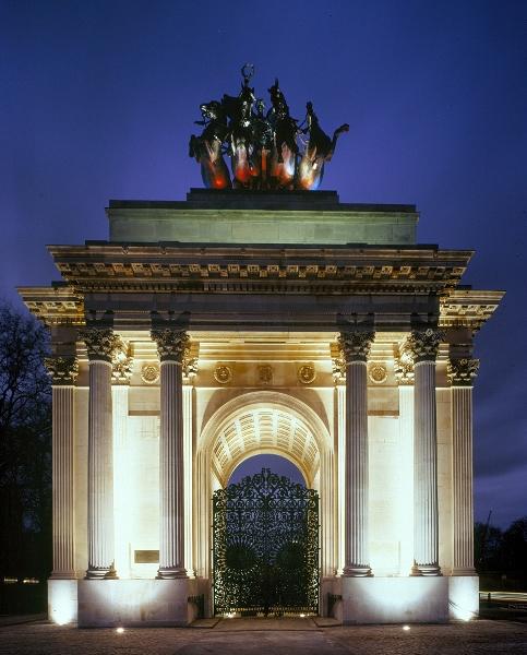 http://www.english-heritage.org.uk/content/properties/wellington-arch/gallery-for-wellington-arch/gallerywellingtonarch08.jpg