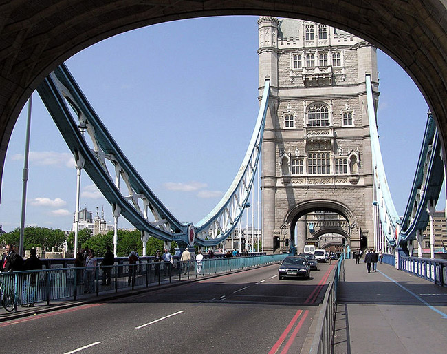http://all-pages.com/img/repphotos2/repphoto_4832_0383.jpg